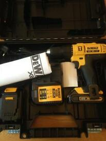 Dewalt 18v Lithium XR LI-ION Cordless Drill, Like New!!🎄🎁🎄