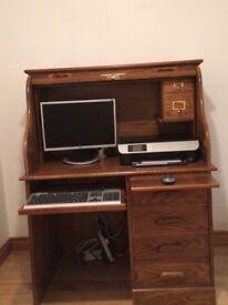 Beautiful oak computer cabinet/desk.