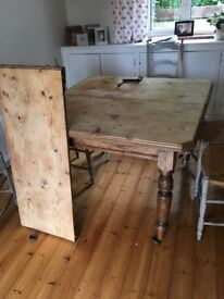 Vintage Pine Extendable Dining Room Table