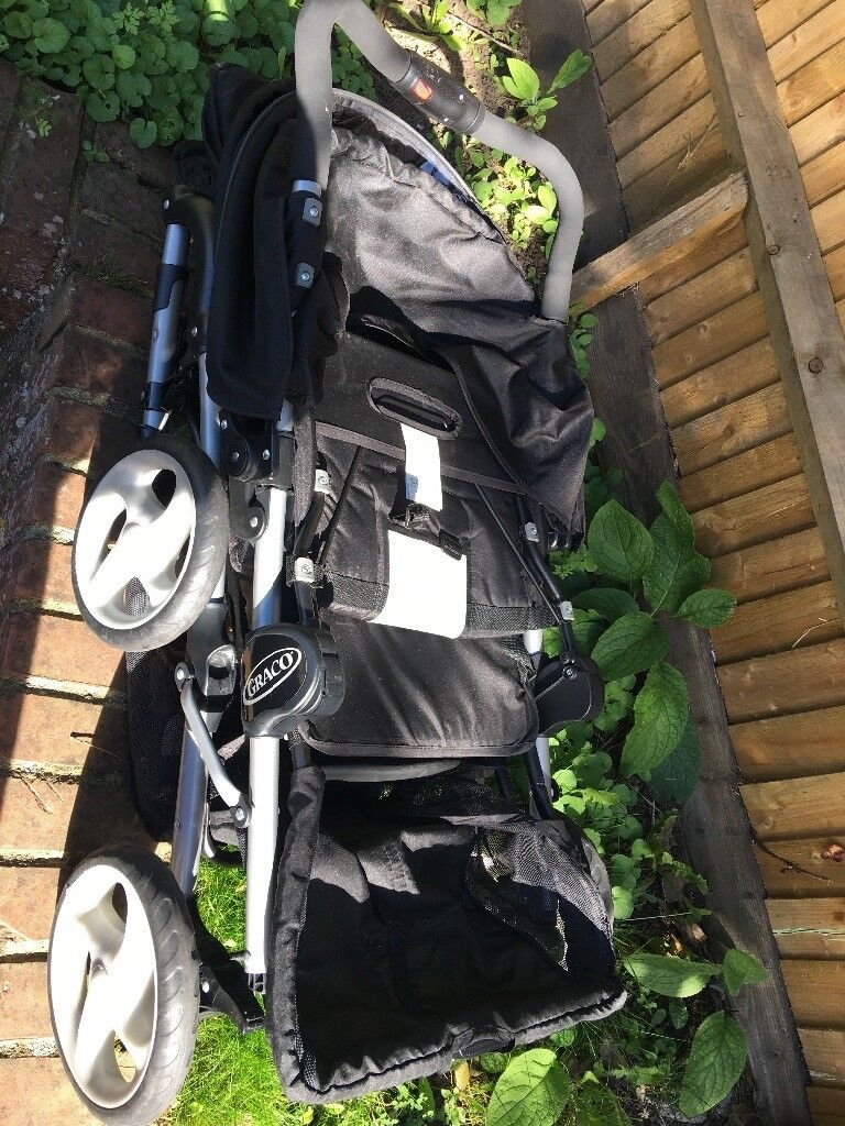 Double pushchair (like new)