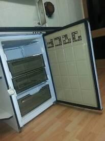 Under Worktop Freezer