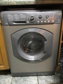 BARGAIN - Silver Hotpoint Washer/Dryer