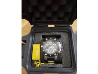 As New Invicta speedway watch model 19526. Original mini strong box included