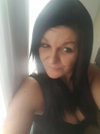 £45 Women black wig new tried once no need any longer