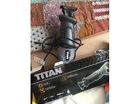 Reciprocating saw , 750w, Titan, used once