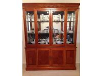Glass Display Unit FREE TO COLLECTOR (Urgent)