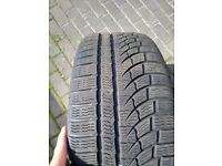 "4 x Tesla 19"" slipstream alloy wheels with Nokian winter tyres"