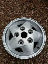 Land Rover Discovery / Defender Classic Cyclone Alloy Wheel