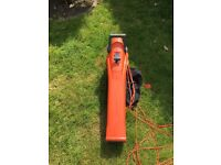 Flymo 2700W Leaf blower/ Vacuum - Used but almost new