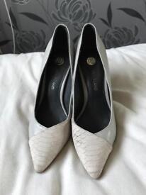 River island court heels