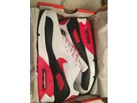 Nike air trainers available contact me