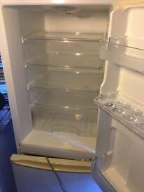 Proline Fridge/Freezer in excellent condition