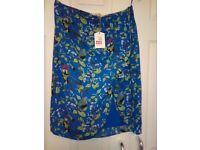 OASIS SKIRT - BRAND NEW ( SIZE 10 )