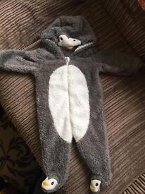 Warm suit size 3-6 months
