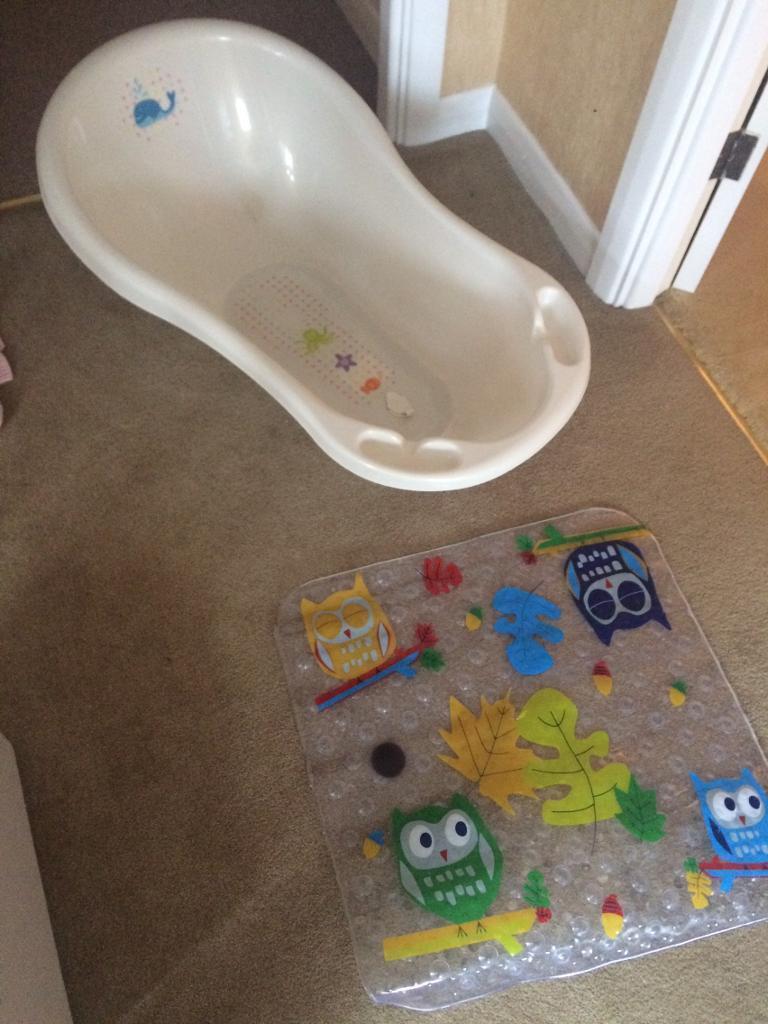 Baby bath and non slip bath mat