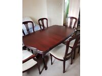 Mahogany extending dining table + 6 chairs