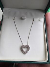 9ct white gold half carat diamond heart pendant necklace