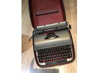 Vintage Remington Quick Riter Typewriter
