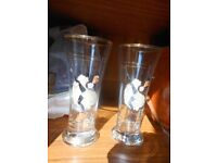 Pair of Can-Can Dancer Design Tall Drinking Glasses with Gold Detail