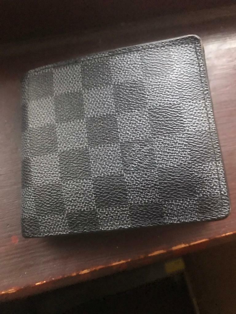 9e95196bbf2a Louis Vuitton Men s Wallet