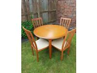 Dining extendable table with 4 chairs