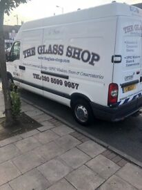 2005 WHITE RENAULT MASTER LH35 LWB VAN WITH INTERNAL GLASS FRAIL, WELL MAINTAINED £1800 ONO