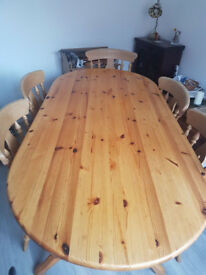 Pine twin pedestal Table and 6 Chairs, 2 Carver and 4 Standard as per pictures