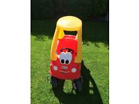 Little Tikes Cosy Coupe Car (red/yellow)