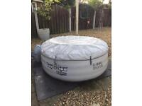 Lazy spa hot tub in perfect working order