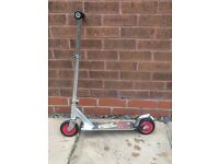 Decathlon 2 wheel scooter - Silver