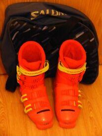 Salomon ski boots size 4 with boot bag
