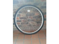 700c front wheel with tyre hybrid city trekking roadster alloy nutted bike