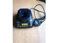 DE9118 7.2-14.4V battery charger £18 ono