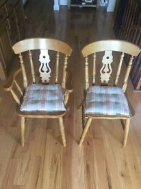 5 Solid White Oak dinning chairs with nice design and in excellent condition.