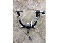 FREE Minoura B60 bike trainer w/ missing quick release skewer