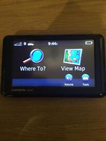 Garmin Nuvi 1310 sat nav uk maps with case, power lead, charger lead and mount holder