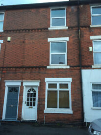 Comfortable spacious well appointed 3 bed property on quiet road in Meadows