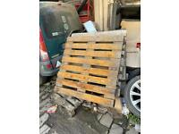 FREE WOOD PALLETS : please collect