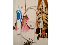 Oral-B Electric Toothbrush for sale