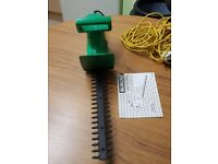 Hedge trimmers with instructions and box