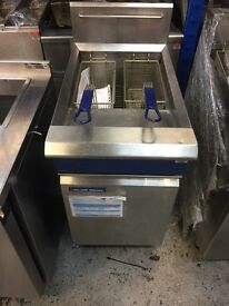 Blue Seal Evolution Single Tank Twin Basket Gas Fryer Model: GT45