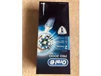 Oral B 2000 electric tooth brush - Brand new