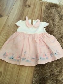 Girls dress, up to 1 month