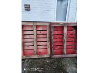 FREE PALLETS FOR COLLECTIONS