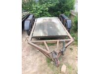 Trailer twin axle plant digger trailer