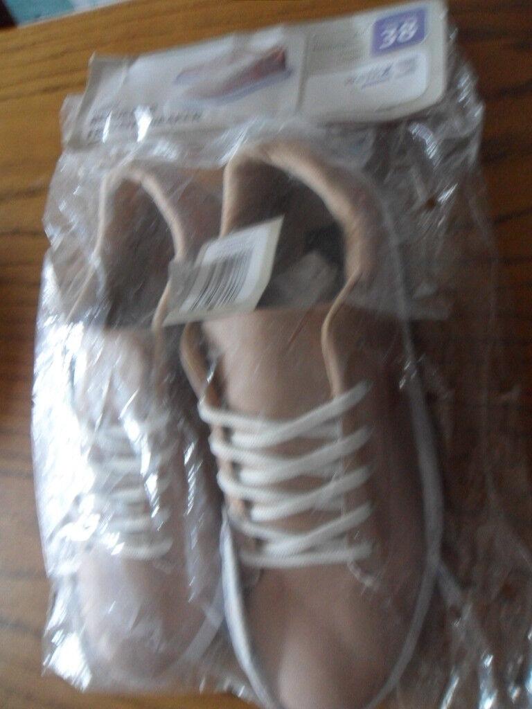 NEU: Schuhe Damenschuhe Turn/Freizeit Schuhe  Sneaker walkx beige/gold Gr. 38