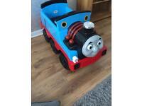 Thomas 12V ride on