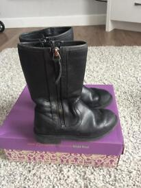 Girls black Clark's boots size 9G