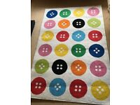 Idea button rug, used but in very good condition