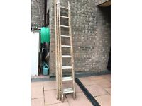 Heavy duty wooden/aluminium triple extending ladder